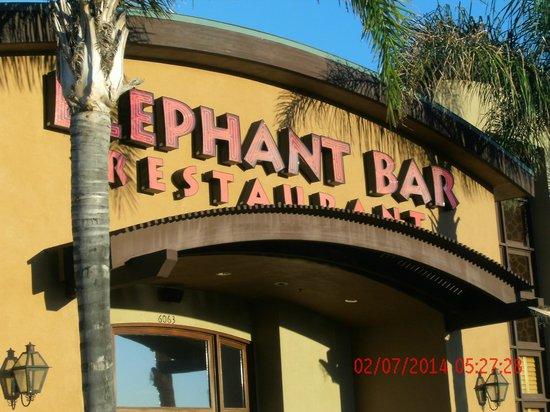 Elephant Bar & Restaurant: outside