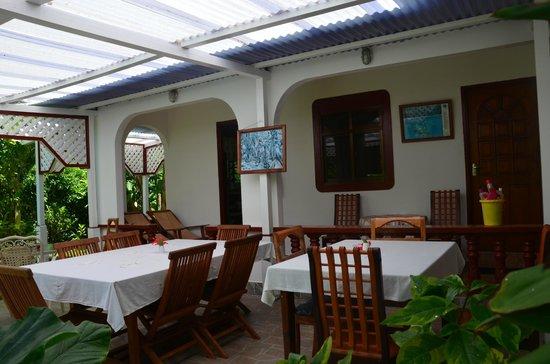Buisson Guesthouse La Digue : Breakfast