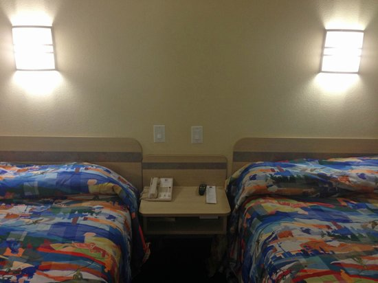 Motel 6 Montgomery Airport - Hope Hull: beds