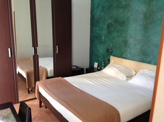 Il Corso Bed and Breakfast: Camera Verde