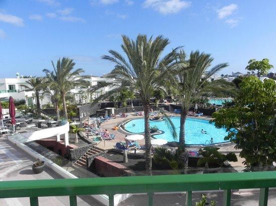 Caybeach Sun: Vue piscine depuis le balcon