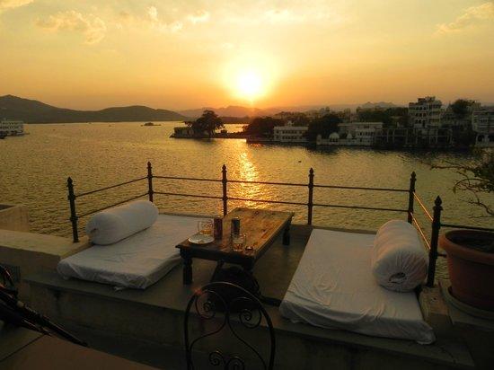 Kankarwa Haveli : Sonnenuntergang Blick vom Restaurant