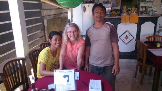 Titi Sedana Homestay: Wayan et Ketut les gérants