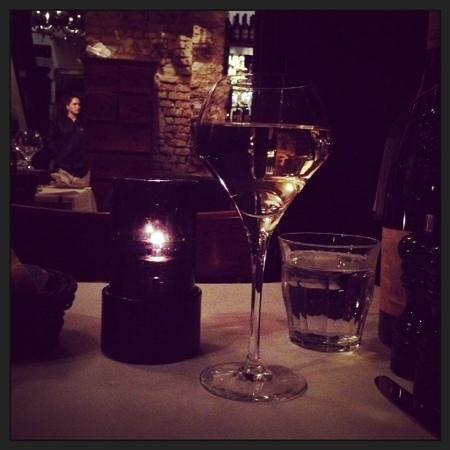 Heering Restaurant and Bistro: Ambiance chaleureuse...