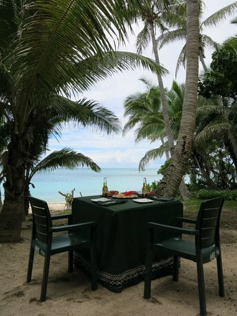 Turtle Island Resort : Picnics were a 3 Course Meal!