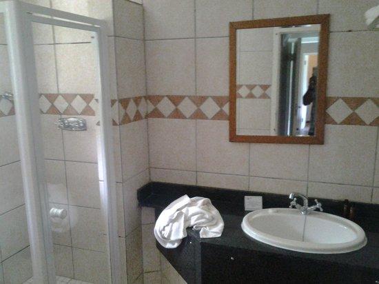 Champagne Sports Resort : 2nd bathroom