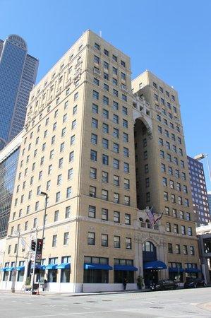 Hotel Indigo Dallas Downtown : The Hotel Indigo