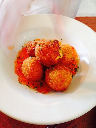 Jim Shaw's Seafood Grill: Pimento Cheese Fritters on a bed of pepper jelly
