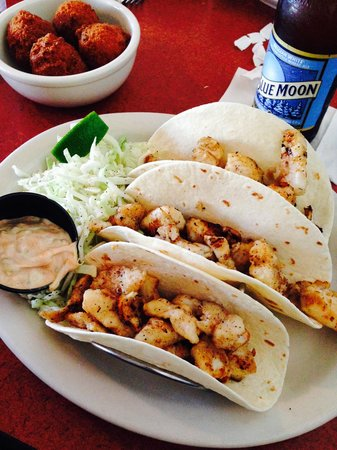 Jim Shaw's Seafood Grill: Grouper Tacos