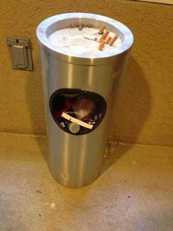 The Westin Cape Coral Resort At Marina Village: Overflowing trash outside of the elevator - there for three days Friday, Saturday and Sunday mor