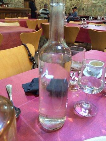 Siglodoce: Mirad el fondo y el cuello de la botella! Esos posos... Ains!!