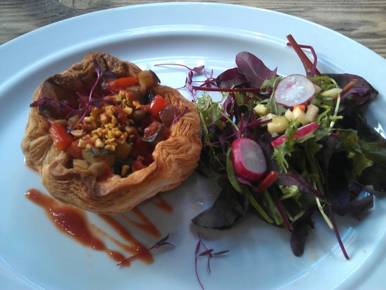 Lioness of Leith: vegetable pie
