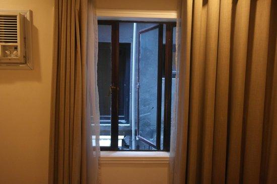 Lotus Garden Hotel: chambre 317 la vue