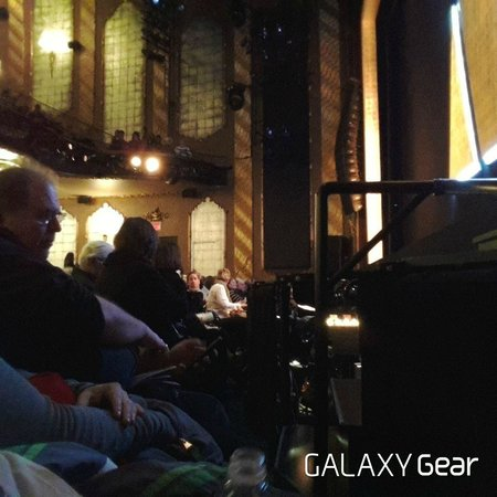 Motown The Musical on Broadway : The front row, right next to the orchestra pit