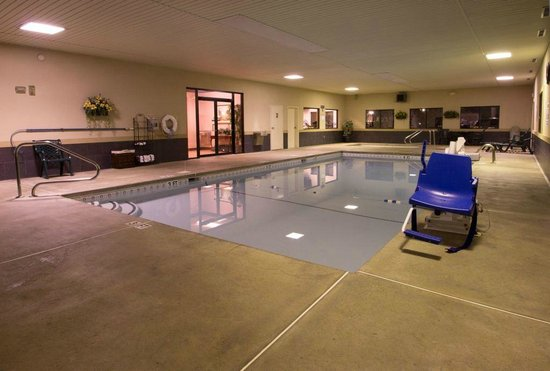 BEST WESTERN Inn & Suites: Indoor Pool
