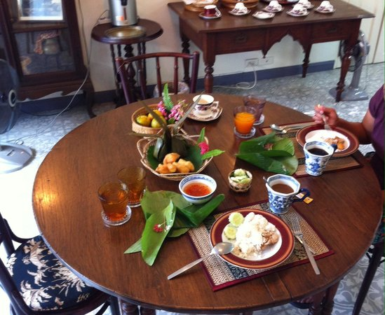 SSIP Boutique Dhevej Bangkok: Traditional Breakfast
