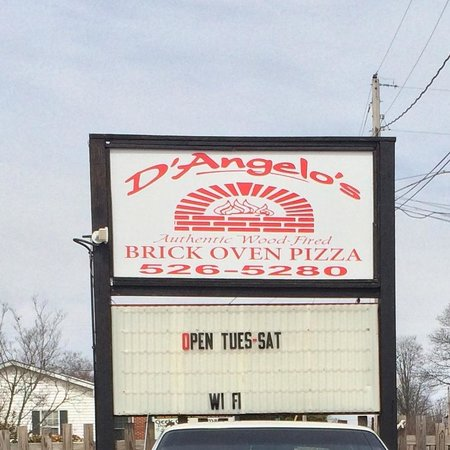 D'Angelo's Authentic Wood-Fired Brick Oven Pizza : Signage