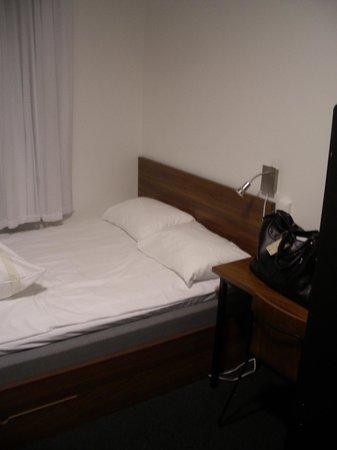 Smarthotel Tromsø: The room