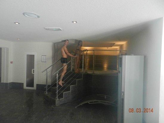 Hotel Alpen Roc : jacuzzi