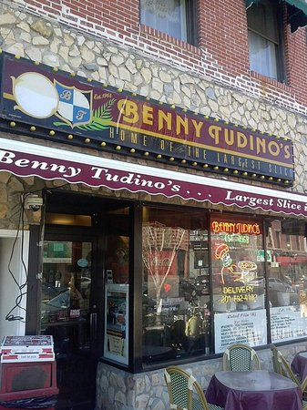 Hot spot review of benny tudino 39 s hoboken nj for Asian cuisine hoboken nj