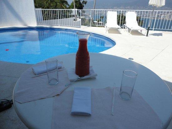 Las Brisas Acapulco: Room Service Daquiris
