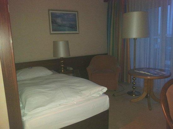 Maritim Hotel Koeln: Zimmer