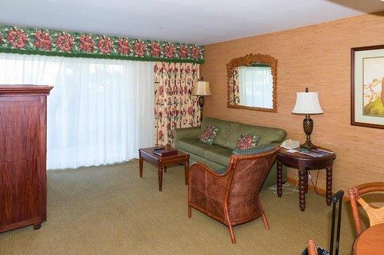 Kauai Coast Resort at the Beachboy: Living area
