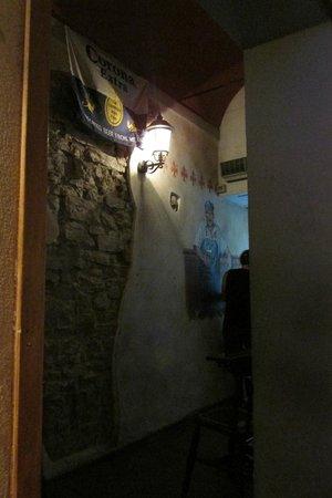 The Friends Pub: Interior