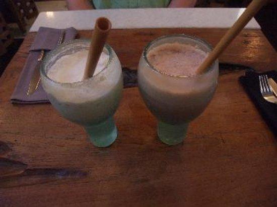 Clear Cafe : Mylk Shake