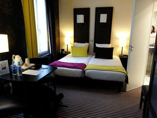Hotel Pax Opera: Habitación
