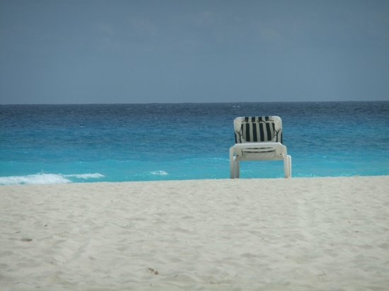 The Royal Caribbean: Pure relaxation at the beach