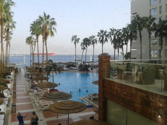 U Suites Eilat: the view from the reception