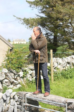 Caherconnell Stone Fort: Dog Handler