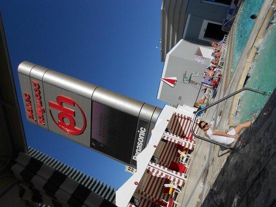 Planet Hollywood Resort & Casino : Piscinas