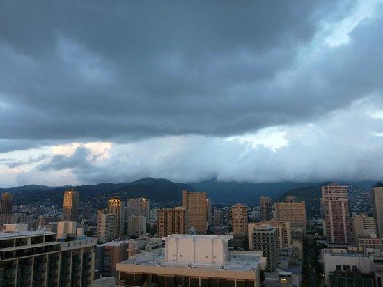 Sheraton Waikiki : Mountain