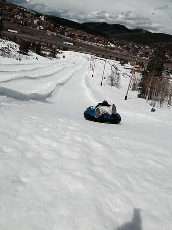 Gorgoza Park: Heading down the slope