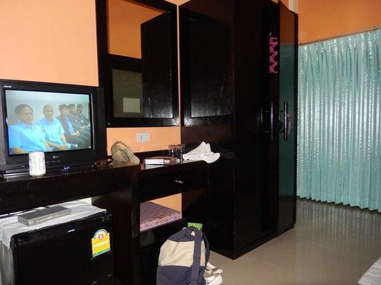 Phi Phi Chang Grand Resort & Spa : chambre
