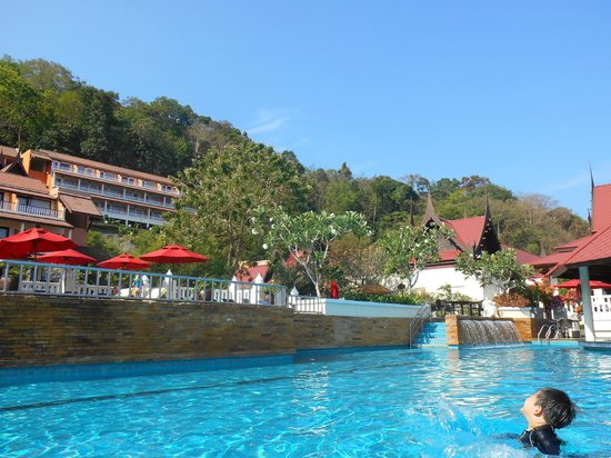 Aquamarine Resort & Villa : one view from main pool