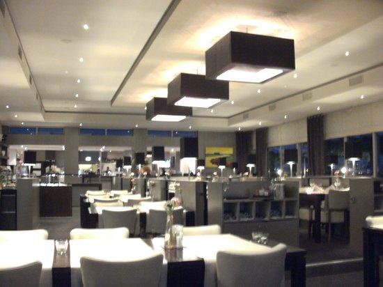 Van der Valk Hotel ARA: Restaurant