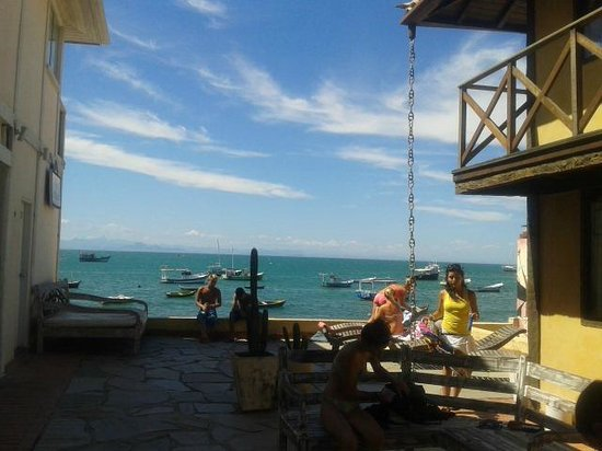 Nomad Buzios Seashore Hostel: Vista desde entrada