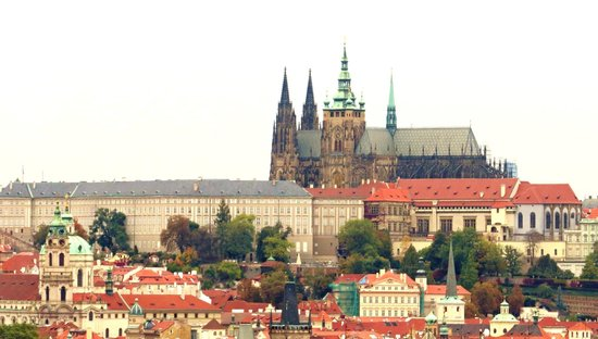 Hotel Majestic Plaza Prague: view from the room w/ a telescopic lens