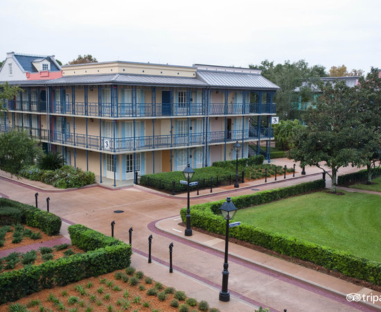 Disney 39 s port orleans resort french quarter updated for Hotel porte orleans