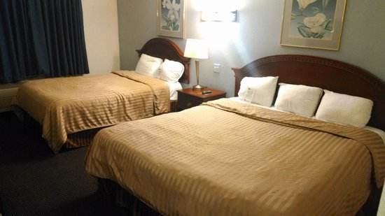 Days Inn & Suites Fountain Valley/Huntington Beach : 2 beds room