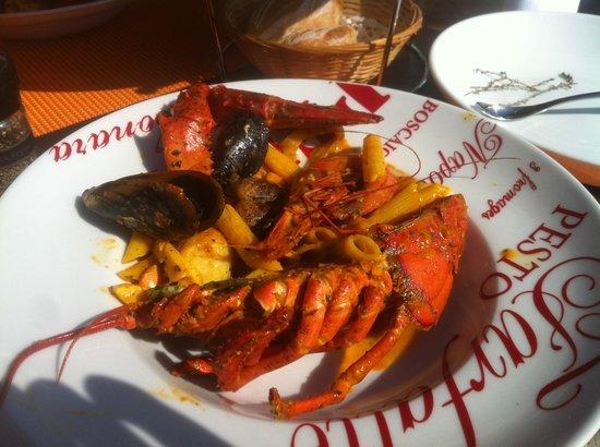 Le Coelacanthe : La poêlée fruit de mer et homard