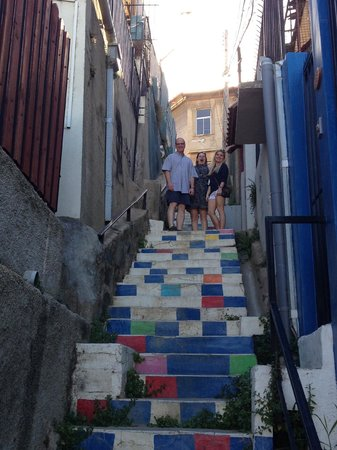Valparaiso Experience Apartments : Steps to the apartment - take your time!