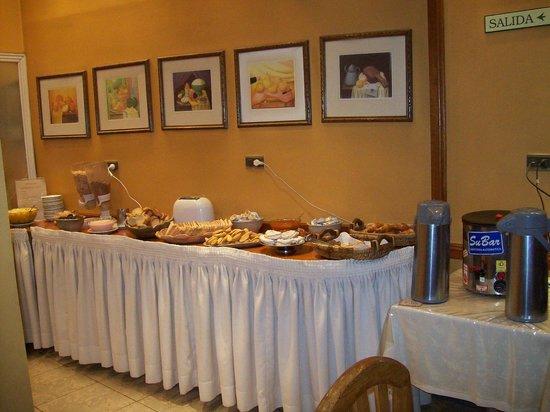 Hotel Provincial: desayuno buffet