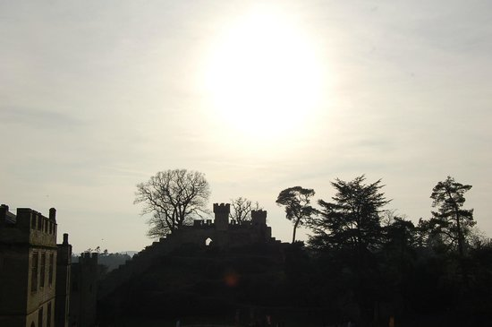 Warwick Castle: Late afternoon sunshine