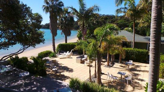 The Beach House : Relax on the terrace