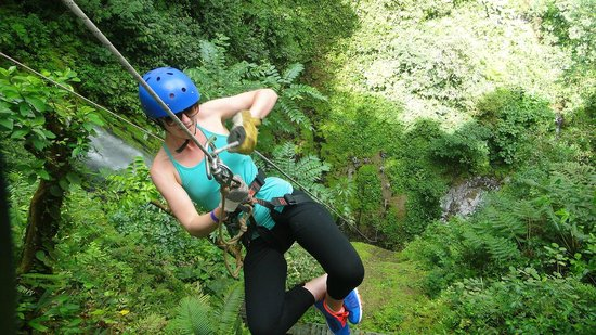 Paradise Adventures Costa Rica (PACR): Rappel