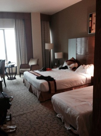Rose View Hotel : Big comfy bed